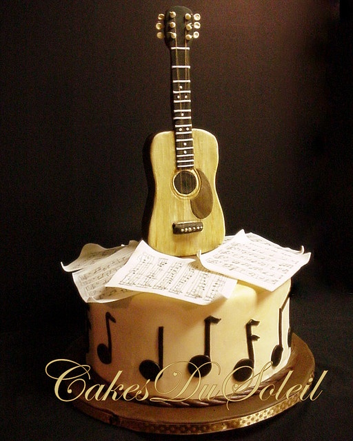 wedding cake toppers guitar groom this is such a neat grooms cake for someone who 26486