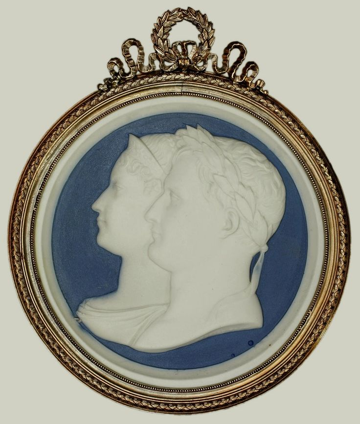 Jasperware medallion with busts all'antica of Napoleon and Marie Louise by Jean-Bertrand Andrieu, ca. 1810, Zamek Królewski na Wawelu