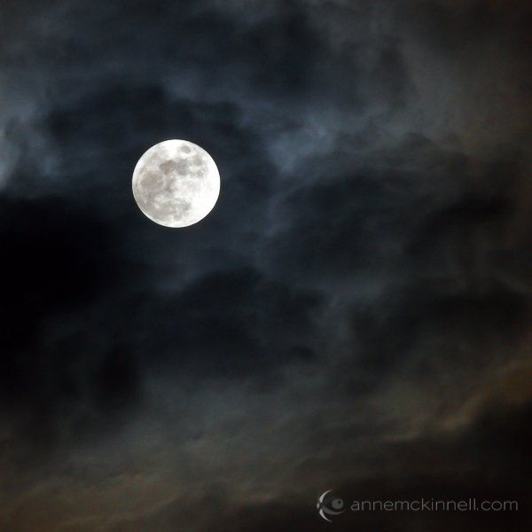 Moon Photography: 6 Tips for Better Moon Photos