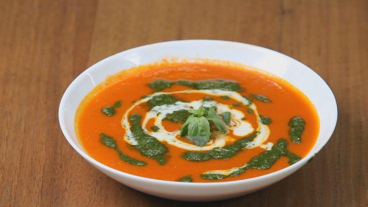 Итальянский суп-пюре из помидоров с песто из базилика - отличный рецепт для гурманов и вегетарианцев (видео и текст). Кулинарная школа Уриэля Штерна