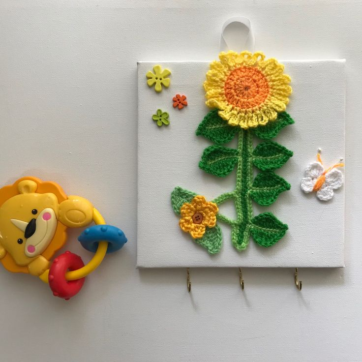A few more original wall arts and wall key holders have been listed, have a look if you looking for a gift idea🌺