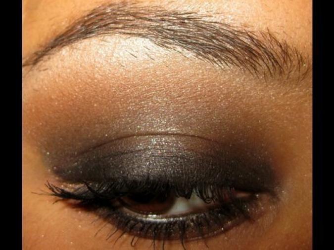 Eyeshadow Ideas for Black Women   Brown Smokey Eye Makeup