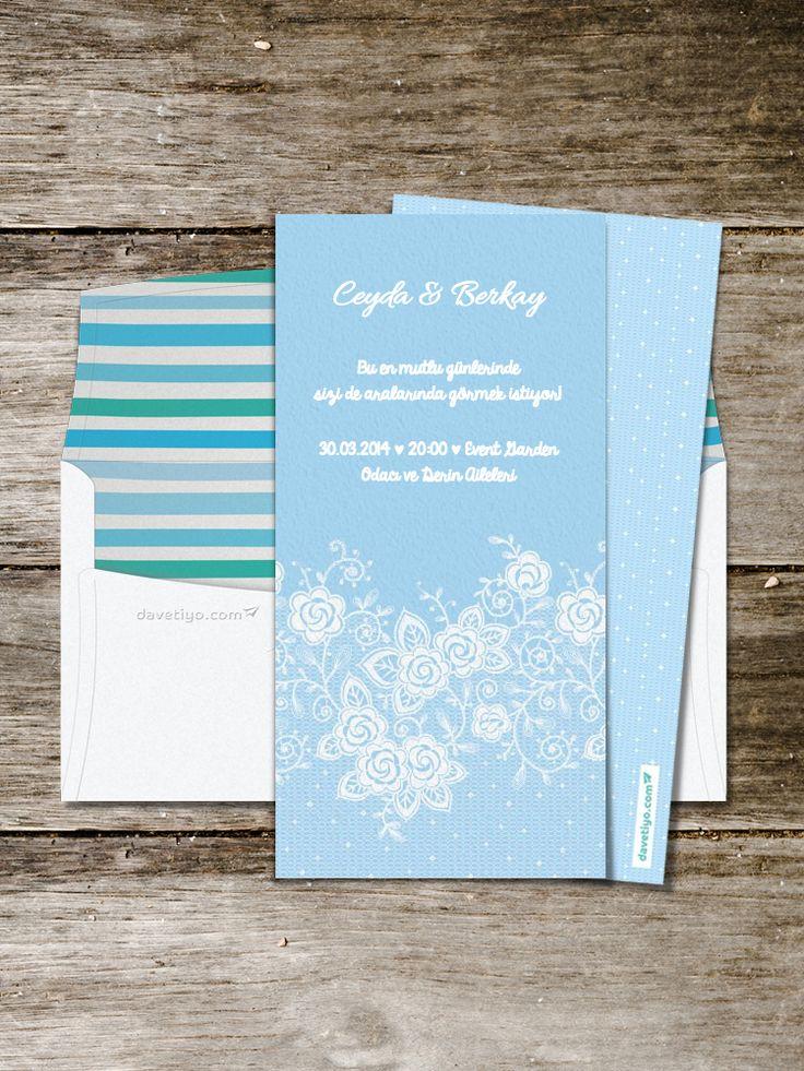 Bulut renkleri ve dantel motifleriyle bezenmiş bu zarif modeli, bahar ve yaz aylarında yapacağınız vintage temalı düğünlerde kullanabilirsiniz.