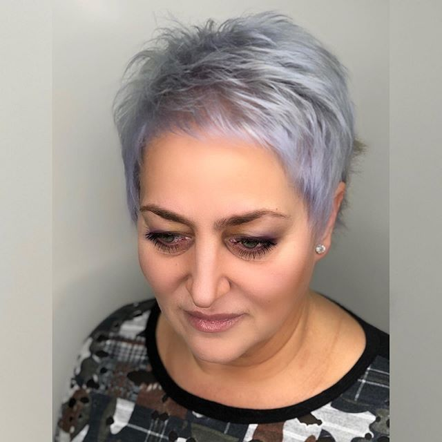 27 Schöne Kurze Graue Frisuren Ab 50 in 2020 | Frisuren ab
