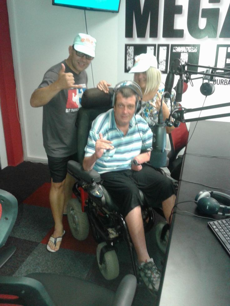 what you doing 4th September  http://www.facebook.com/pages/MegaZone-Hit-Radio/1398671697022007?fref=ts… http://www.facebook.com/QUADPARAKZN http://www.qak.org.co.za/