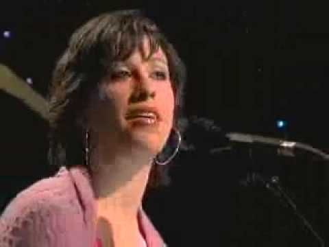 ALANIS MORISSETTE - EVERYTHING (Live acoustic 2004) - YouTube