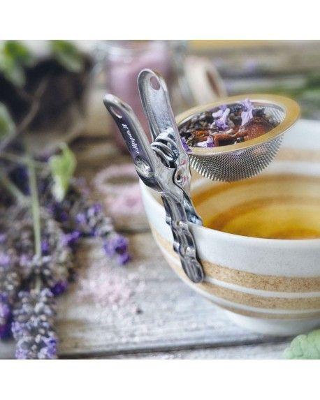 CLIP SANA La clip infusore ideale per tè, tisane e camomille. Inserisci la giusta dose di infuso o tè e fissa la Clippe direttamente sul bordo della tazza. Attendi pochi minuti e si sprigionerà un aroma intenso che addolcirà la tua giornata!