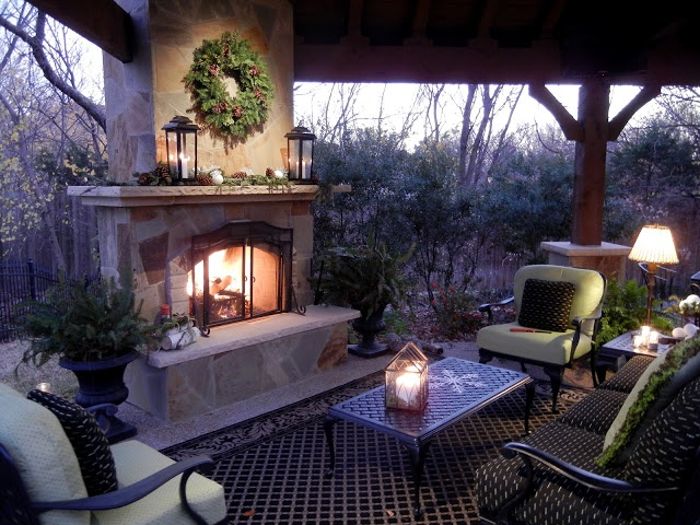 I 39 M Sorry But I Absolutely Covet This Patio Covered Patio Corner Fireplace Furniture