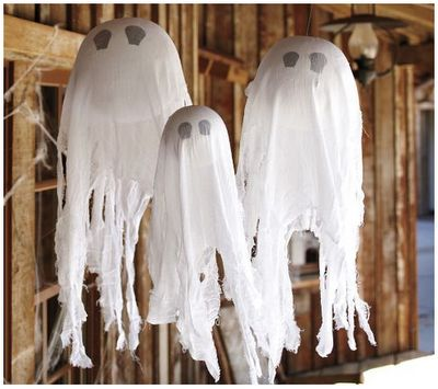 DIY: Pottery Barn Knock-Off Hanging GhostsHalloween Decorations, Styrofoam Ball, Hanging Ghosts, Pottery Barn Kids, Easy Halloween, Pottery Barns Kids, Halloween Ideas, Front Porches, Crafts
