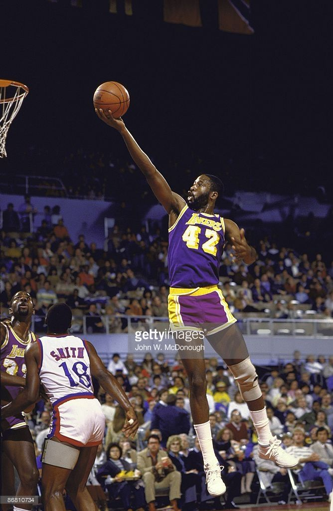 Los Angeles Lakers James Worthy (42) in action, layup vs Los Angeles Clippers. Los Angeles, CA