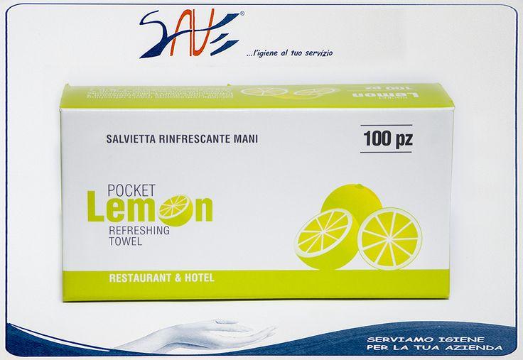 Salvietta profumata al limone rinfrescante monouso in busta di carta realizzata da Infibra, disponibile in confezioni da 100 pezzi.