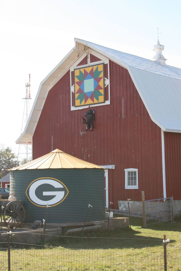 Quilt Patterns On Wisconsin Barns : 305 Best images about Barn Quilts on Pinterest Tennessee, Barn quilt patterns and Red barns