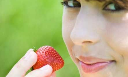 10 Foods to Keep Your Skin Youthful
