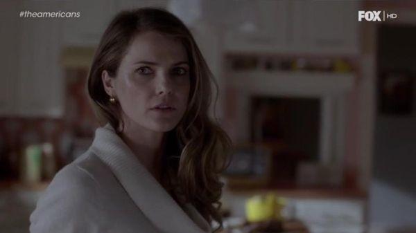 Lecciones de estilo de Elizabeth Jennings (The Americans. Season 1, Episode 7).