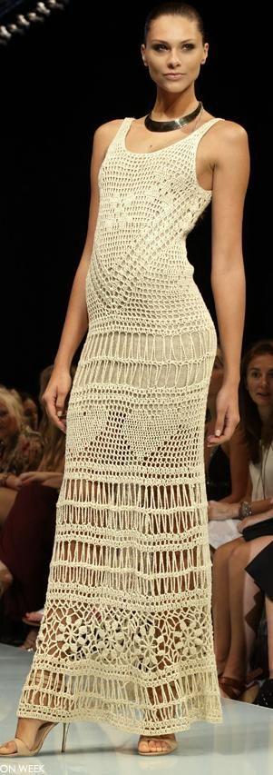 Vestido de crochê bege longo -  /    Dress beige long crochet dress -