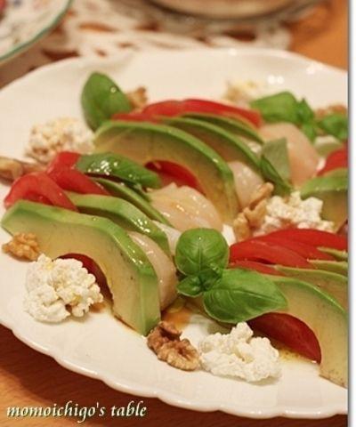 アボカドとほたて、トマトの3色サラダ by momoichigoさん   レシピ ... アボカドとほたて、トマトの3色サラダ