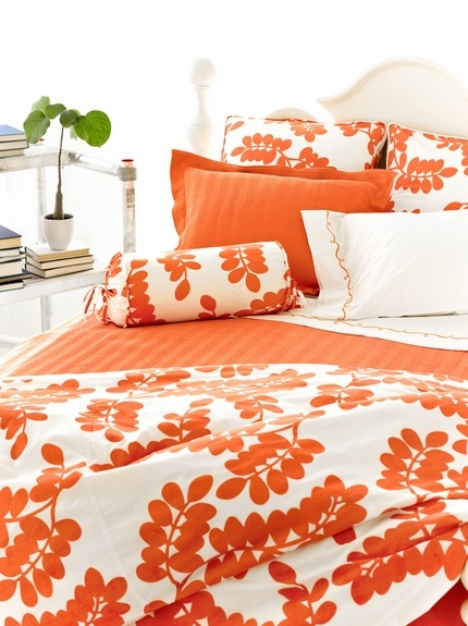 Finally An Orange Bedspread For Zoey Really Wished She Liked Pink Or Blue