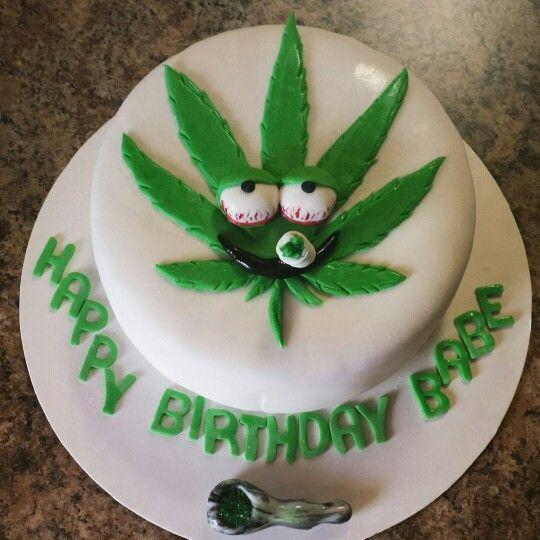 Weed leaf cake. Lol