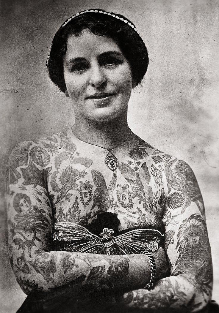 Edith Burchett; London, Great Britain (c. 1920) | 14 Truly Awesome Photos Of Tattoos Throughout History