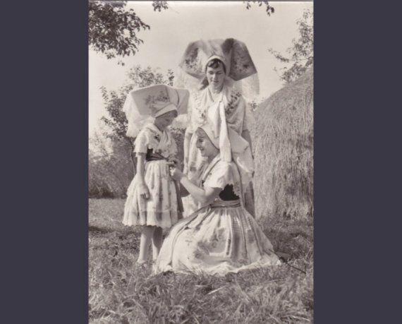 4 Vintage Costume Postcards  Spreewald  Germany  by P8iosities, €5.50