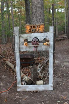 49 Best Haunted Trail Scene Ideas Images On Pinterest