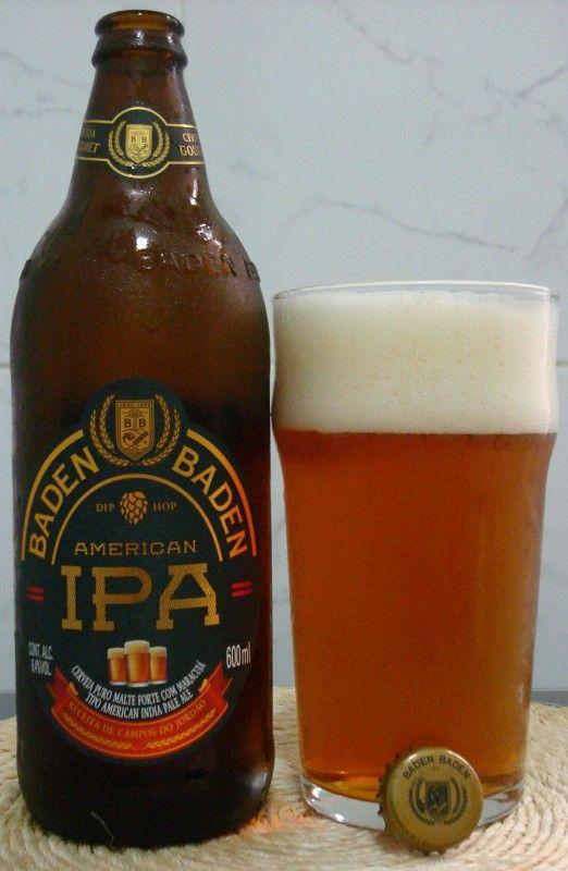Cerveja Baden Baden American IPA, estilo American IPA, produzida por Baden Baden, Brasil. 6.4% ABV de álcool.