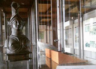 Da Qui News Elba del 7 Marzo 2017  Ingresso gratis per le donne al museo archeologico     Omaggio alle donne al Museo archeologico e minerario di Rio nell'Elba: ingresso gratuito per le donne di tutte le età