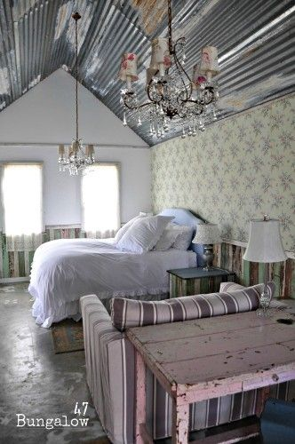 One of the guest cottages we creeped through.  Everything is soooo cute!