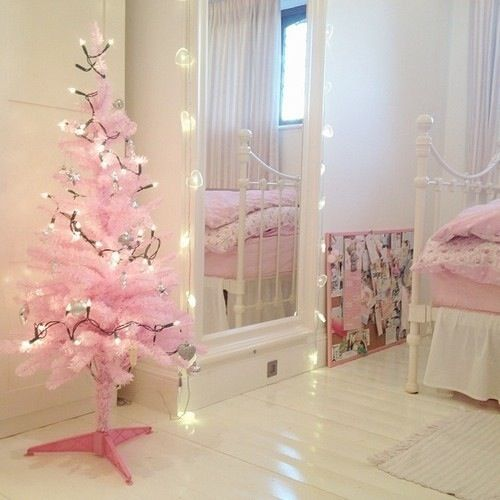 Little Pink Christmas Tree In The Bedroom Perfect Spirittt Pinterest And
