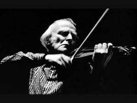 Menuhin plays Bach Violin Concerto in A minor - Part 1/3