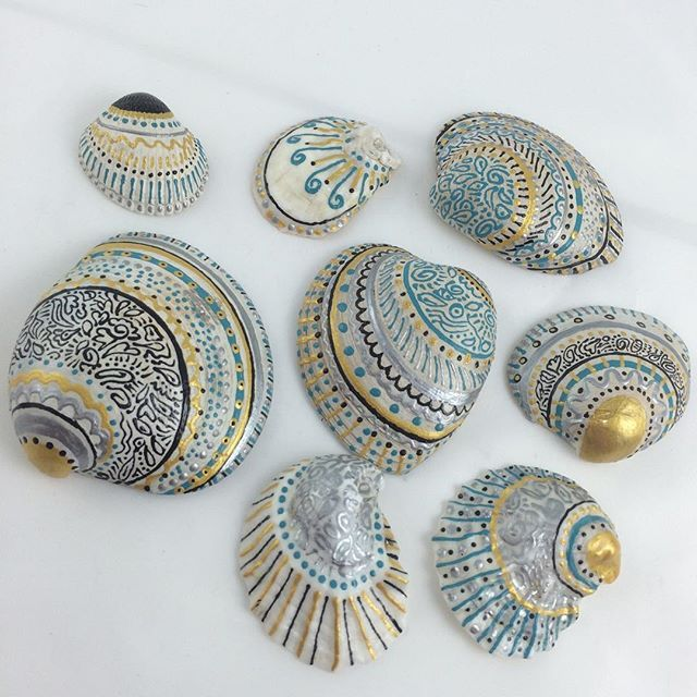 A new little hobby of mine: Painting sea shells. I'm fortunate to leave a few minutes away from the beach and I have a continuous free supply!  #handmade #handpainted #paintedseashells #seashells #fairfieldct #fairfieldcounty