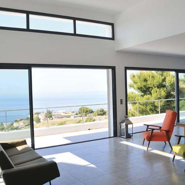 Grande fenêtre baie vitrée les modèles adaptés à la rt 2012