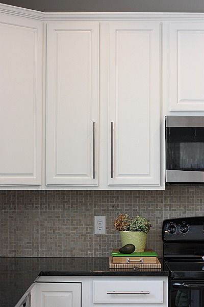 best paint for kitchen cabinets oil or latex 25 best ideas about painting oak cabinets on 12157