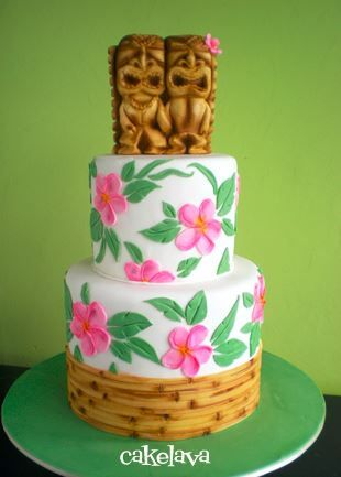 We've got the roundup of 10 Hawaiian style wedding cakes. These Hawaiian wedding cakes are tropical and fun.