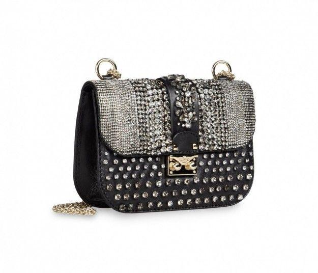 Borse con le borchie: i modelli più trendy [FOTO]