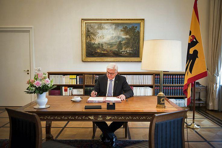 ERSTER Arbeitstag von Bundespräsident Dr. FRANK-WALTER STEINMEIER.
