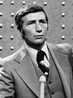 "'Family Feud' TV host Richard Dawson dies at 79  June 2, 2012   LOS ANGELES (AP) -- Richard Dawson, the wisecracking British    entertainer who was among the schemers in the 1960s TV comedy ""Hogan's Heroes""    and a decade later began kissing thousands of female contestants as host of the game show ""Family Feud"" has died. He was 79.: Hogan Heroes, Games Show, Gameshow, Families Feud, Host Richard, Richard Dawson, The Games, Family Feud, Celebrity Death"