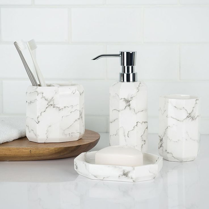 Classic And Simple Designed Marble Bathroom Accessory Set Quite Suitable For Yo Badezimmer Accessoires Helle Badezimmer Marmorbad
