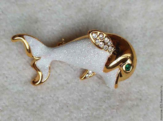 Винтажные украшения. Ярмарка Мастеров - ручная работа. Купить Прелестный миниатюрный дельфинчик от Dolphin Ore. Handmade. Белый, глазурная эмаль