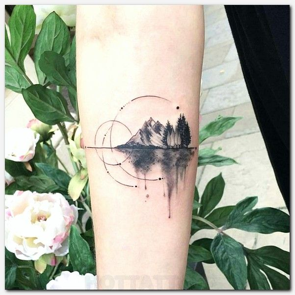 i think this is the only music tattoo ive seen that doesnt look corny or overdone