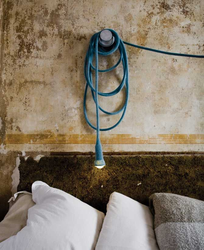 Matt lamp: by Ilot Ilov