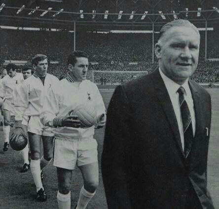 Bill Nicholson leads the team out for 1967 fa Cup final