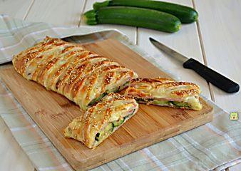 Strudel di zucchine e prosciutto cotto, ricetta con passo passo fotografico