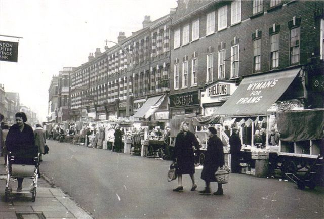 north end road markets - note the lack of traffic!