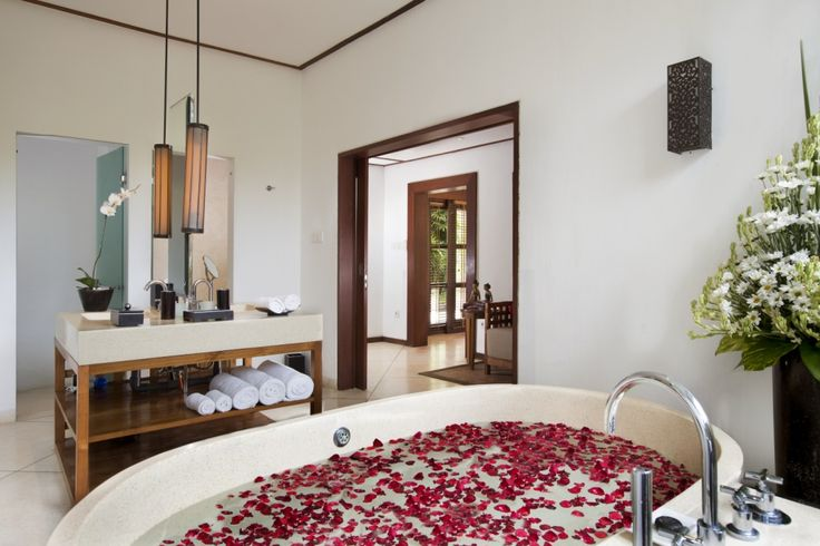 #VillaTheSanctuary #BaliWeddingVilla #BaliHomeWedding #LombokWeddingPlanner http://balihomevilla.com/canggu-villas/the-sanctuary-bali-villa/