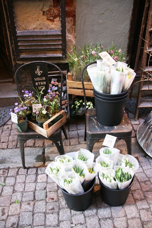 tiny flower market