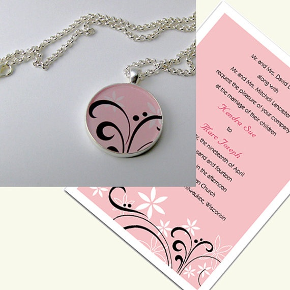 These beautiful #pendants are made by selecting an interesting detail from your #wedding invitation and encasing them under glass-like resin. I gotta say, this is pretty adorable! $24.50 @ MaeMaeMills shop on Etsy!
