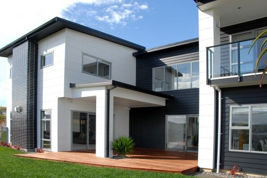 Love this monochrome house facade using Scyon Stria Cladding.
