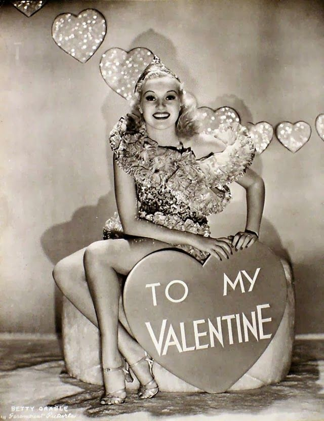 vintage everyday: Vintage Hollywood Actress Valentine's Day Pin-up Photos