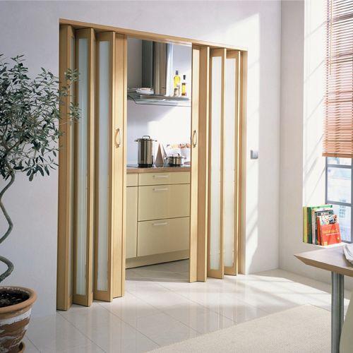 Akordeon kapılar dar alanlarda yerden tasarruf sağlayarak size daha geniş bir hareket alanı sağlamaktadır. http://www.tekzen.com.tr/SubCategory/30828/akordiyon-kapilar